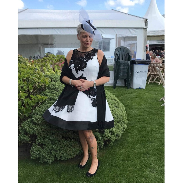 Bespoke black and white crin and lace fascinator for Ladies Day at the racecourse or wedding fasciantor for guest.